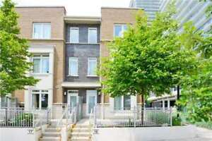 3 Bed End Unit Condo Town House In The Heart Of Mississauga