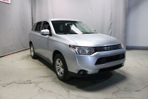 2015 Mitsubishi Outlander MINT someone passed away, going cheap