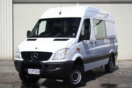 2010 Mercedes-Benz Sprinter White Manual Van