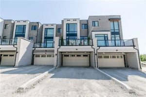 Luxury Town House for Rent Near Dufferin and Rutherford