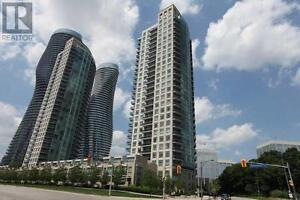 1Br+Den 1Wr Gorgeous Unit SW Views Sq-1 Highways 90 ABSOLUTE AVE