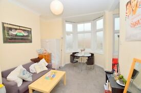 *** LOVELY 2 BEDROOM FLAT in FINSBURY PARK, AVAILABLE FROM 28/12/16!! **
