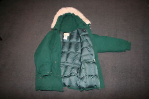 Brand new Women's Large Eddie Bauer winter coat with goose down