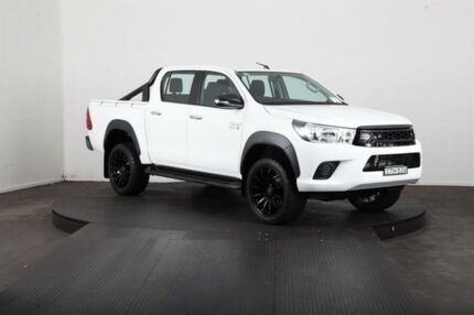 2015 Toyota Hilux GUN126R SR (4x4) White 6 Speed Automatic Dual Cab Chassis