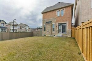 VERY NICE HOUSE FOR SALE AT VAUGHAN