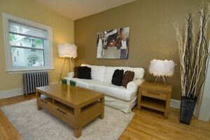 190 BALMORAL - 1 bedroom Available for Immediate Possession