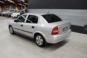 2002 Holden Astra TS CD Silver 5 Speed Manual Sedan Maryville Newcastle Area Preview