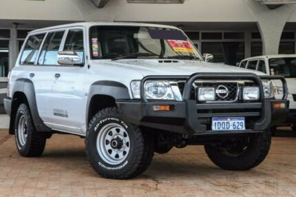 2011 Nissan Patrol GU 7 MY10 DX White 5 Speed Manual Wagon Willagee Melville Area Preview