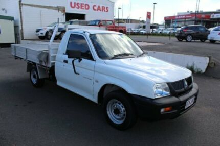 2005 Mitsubishi Triton MK MY05 GL White 5 Speed Manual Cab Chassis Toowoomba Toowoomba City Preview