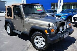 2005 Jeep Wrangler TJ MY2005 Renegade Beige 6 Speed Manual Softtop Pearce Woden Valley Preview