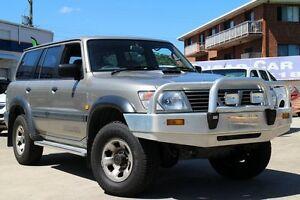 2000 Nissan Patrol GU II ST Gold 5 Speed Manual Wagon Greenslopes Brisbane South West Preview
