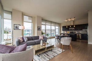 2 bedroom plus den in Kings Wharf! 102 15 Kings Wharf Place
