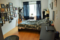 June sublet in empty 3BR .Atwater metro. Possibility of lease!