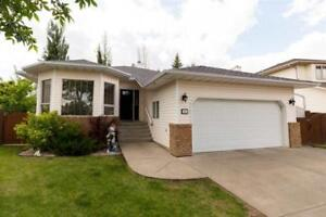 5bd 3ba Home for Sale in Leduc