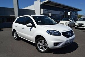 2013 Renault Koleos H45 Phase II Expression White Constant Variable Strathmore Heights Moonee Valley Preview