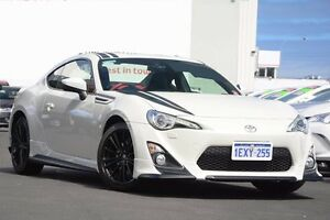 2015 Toyota 86 ZN6 Blackline Edition White Liquid 6 Speed Manual Coupe Glendalough Stirling Area Preview