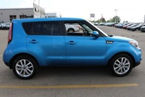 2017 Kia Soul EX Accident Free,  Heated Seats,  Back-up Cam,  A/