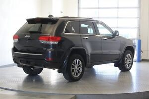 2014 Jeep Grand Cherokee Overland 4WD * Leather 5.7L Hemi -Navig Regina Regina Area image 5