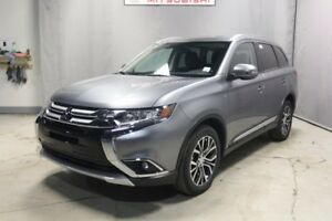 2018 Mitsubishi Outlander SE AWD SUNROOF, 7 PASSENGER, BACK UP C