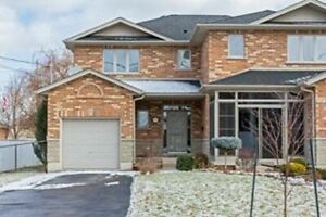 Lovely 3 BR/4WR House in St.Catharines For LEASE!