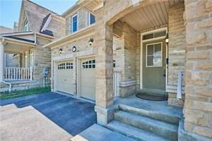 Detached House For Lease in Ajax