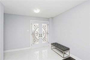 GORGEOUS 4+2Bedroom Detached House in BRAMPTON 824,900 ONLY