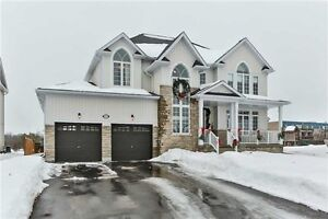 ►Stunning almost new Luxury home in Angus!