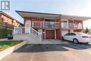 THREE BEDROOMS AND A WASHROOM IN BRAMPTON