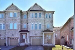 BEAUTIFUL TOWNHOUSE FOR SALE NEAR WARDEN SUBWAY SCARBOROUGH