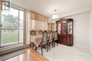 Very Well Kept,3Beds,2Baths,1050 STAINTON DR, Mississauga