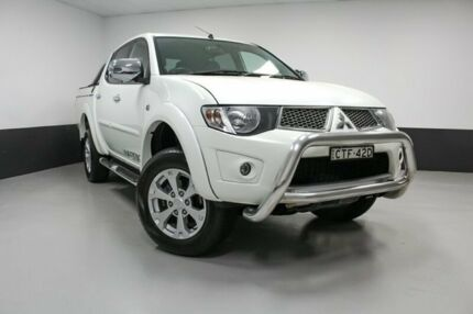 2014 Mitsubishi Triton MN MY15 GLX-R Double Cab Warrior White 5 Speed Manual Utility