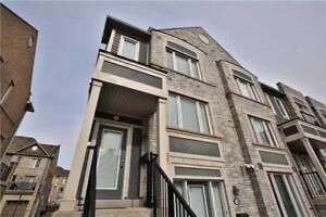 1343 Sq Ft! 3Bdrm Sun Filled End Unit, Sale!