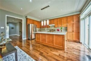 Home For Sale In Newmarket!! Amazing Fully Updated Semi!!