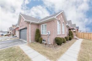 Beautifully Decorated Bungalow W/Open Concept Layout @ Lurosa Cr