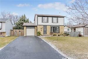 Beautiful 3Bed room detached house  in Huge lot