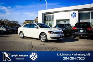 2015 Volkswagen Passat 1.8T w/ Alloy Rims/Backup Camera 0.99% Fi