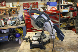 "Mastercraft 10"" Compound Mitre Saw with Laser Line: Like new!"