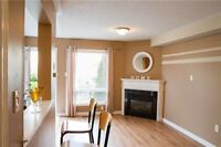 Clean 3 bed townhouse in Burlington Uptown----Short Term Only