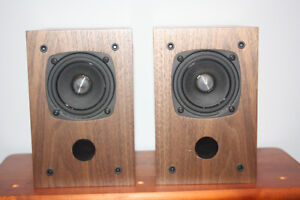 Small high quality satellite speakers