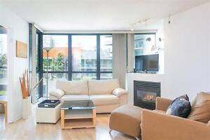 Fully Furnished, Desirable Junior one Bedroom and a Den,Yaletwon