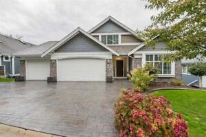 Amazing 5 bdrm - A Must See - 3-50354 Adelaide Pl