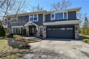 BEAUTIFUL 5+1BDRM 4BATHS HOME GRATE LOCATION,CLARKSON,(W4174925)