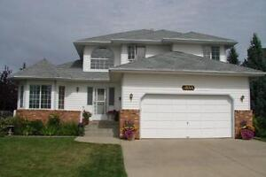 BEAUTIFUL HOUSE FOR FOR RENT IN BEARSPAW (SOUTHWEST EDMOTNON)