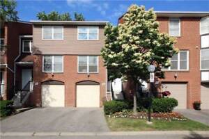 3Storey, 3Br 3Wr Reno'd Town Home In Markham