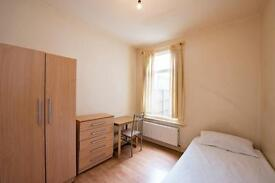 5 bedrooms in Napier Road 110, E11 3JZ, London, United Kingdom