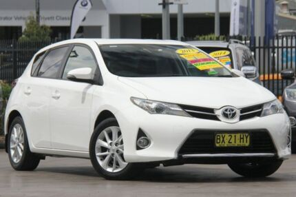 2013 Toyota Corolla ZRE182R Ascent Sport White 7 Speed CVT Auto Sequential Hatchback Penrith Penrith Area Preview