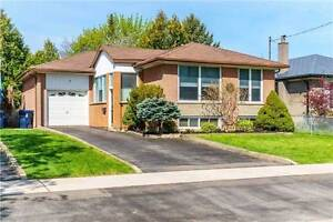 3 bedroom Detached Bungalow with Bsmnt Apatment 4 sale Etobicoke