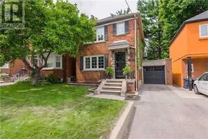 Detached house in Leaside c/w separate entrance to basement apt