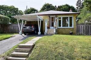 3 BedRoom Bungalow at McCowan/Lawrence with Basement Apt