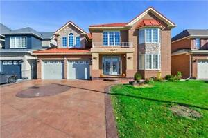 Elegant Gracious Home with 5+2 BR , Airport & Braydon, Bsmt Appt